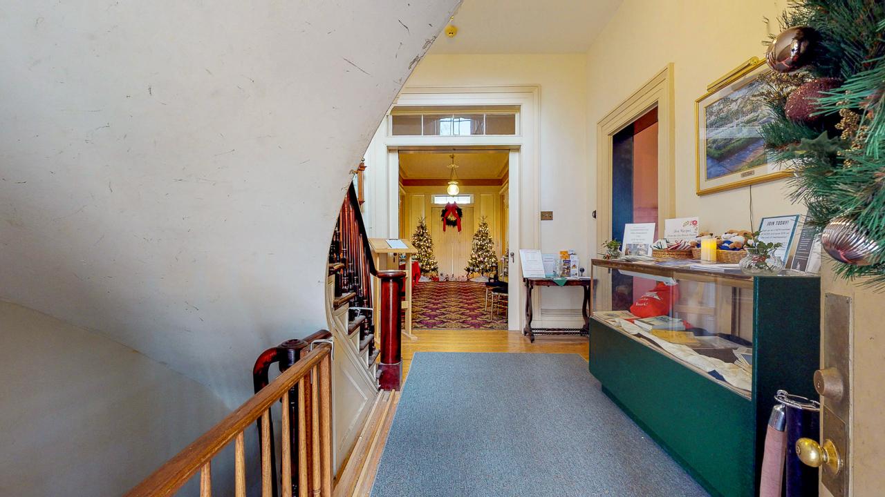 Ten-Broek-Mansion-12042018_114712.jpg