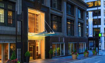 Cincinnati Renaissance Hotel 4.jpg