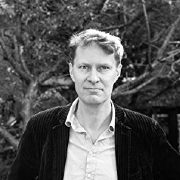 LUKE HARDING   Luke Harding is a senior international correspondent for The Guardian. He has reported from cities around the world, inclu... ( read more )