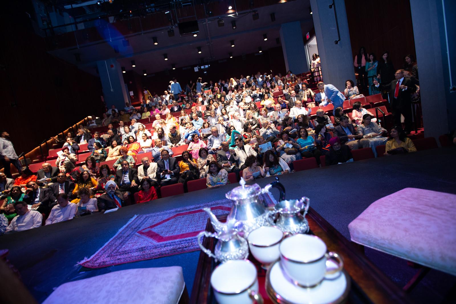 Auditorium Crowd1.jpg