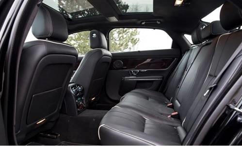 limobook-vancouver-luxury-transportation-service-jaguar-xjl-03.jpg