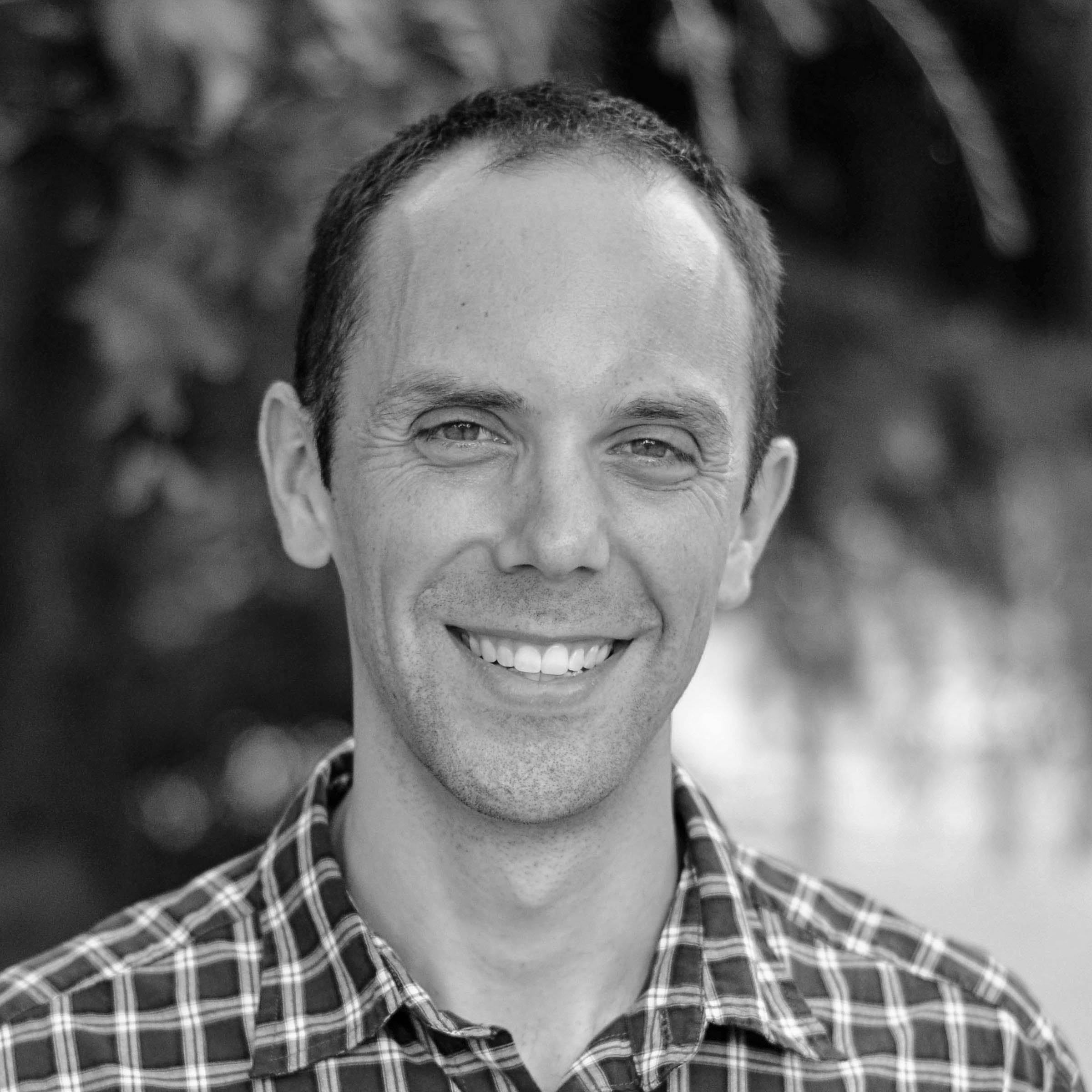 Daniel Schreiner  Associate Pastor