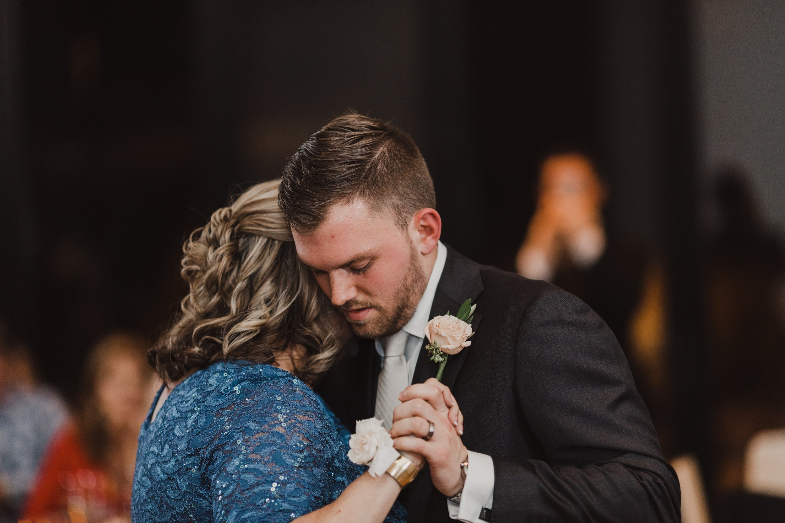 Groom dance.jpg