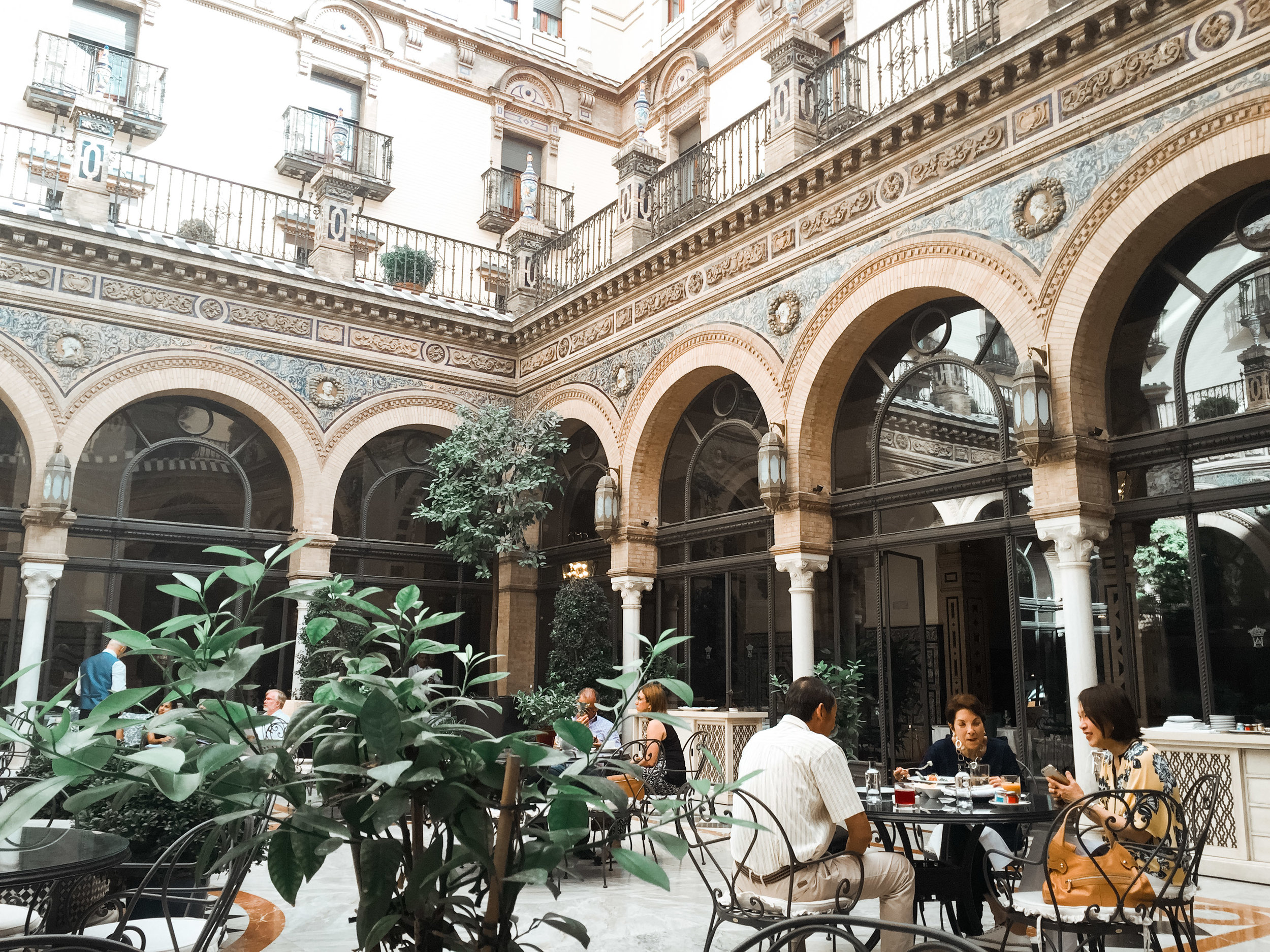 Stay Here: Hotel Alfonso XIII -