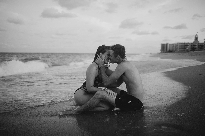 Ocean Couple Session at Sunrise Beach, Palm Beach, Florida_0001.jpg