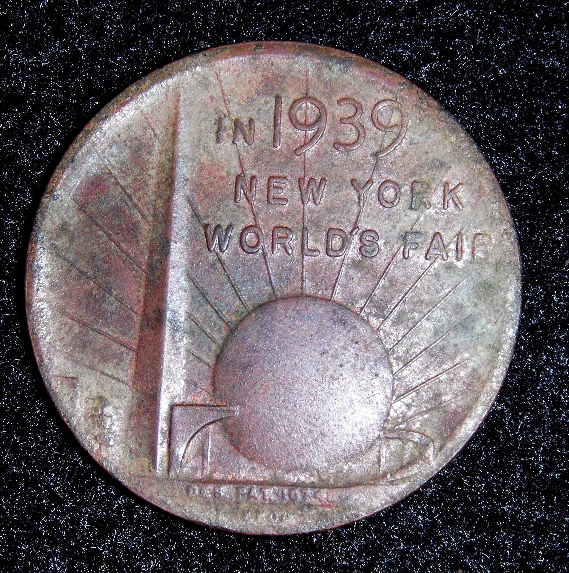 token-574641_1920.jpg