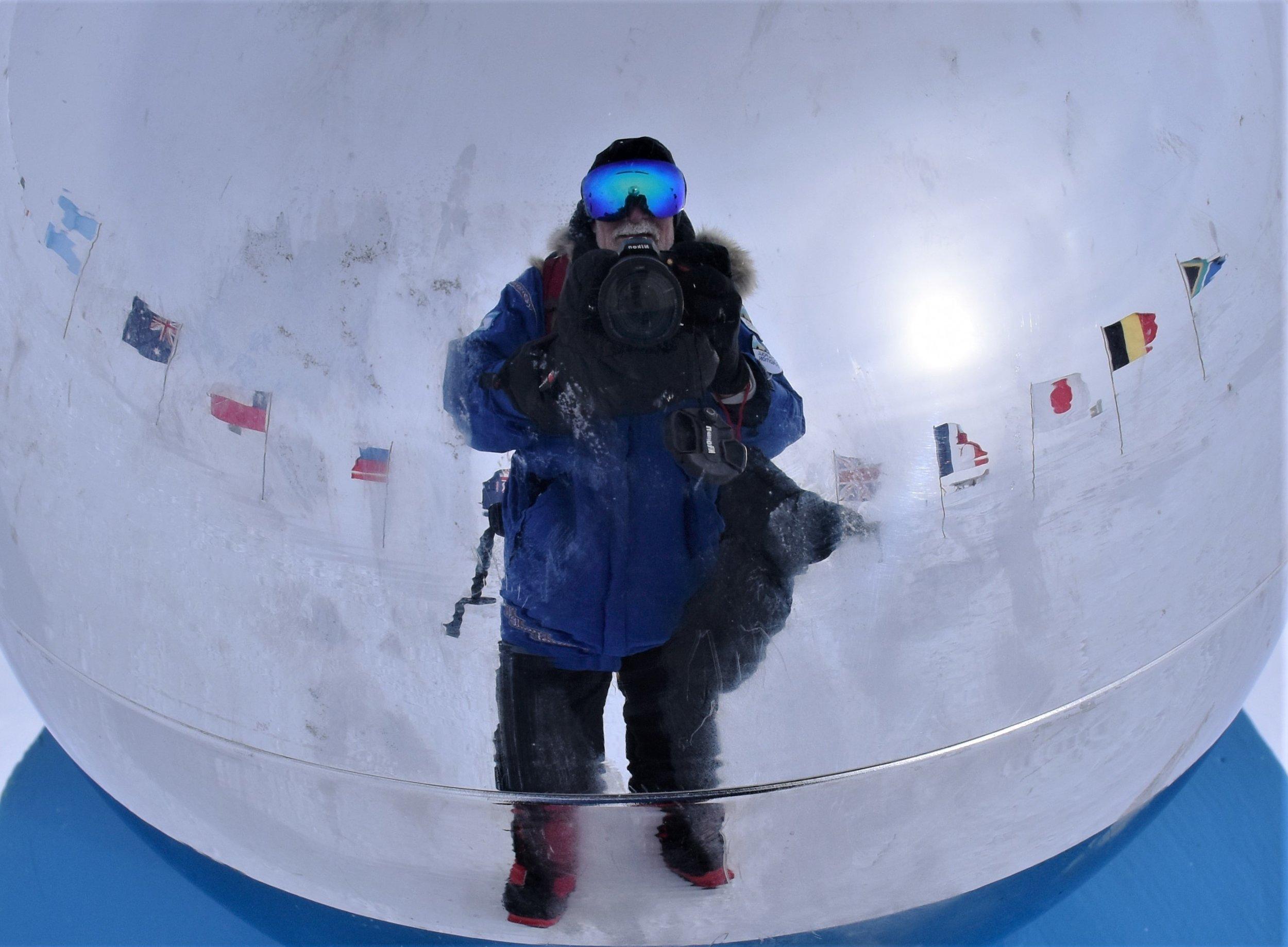 2018-01-12 South Pole (Gibbons N D5600) 182.jpg