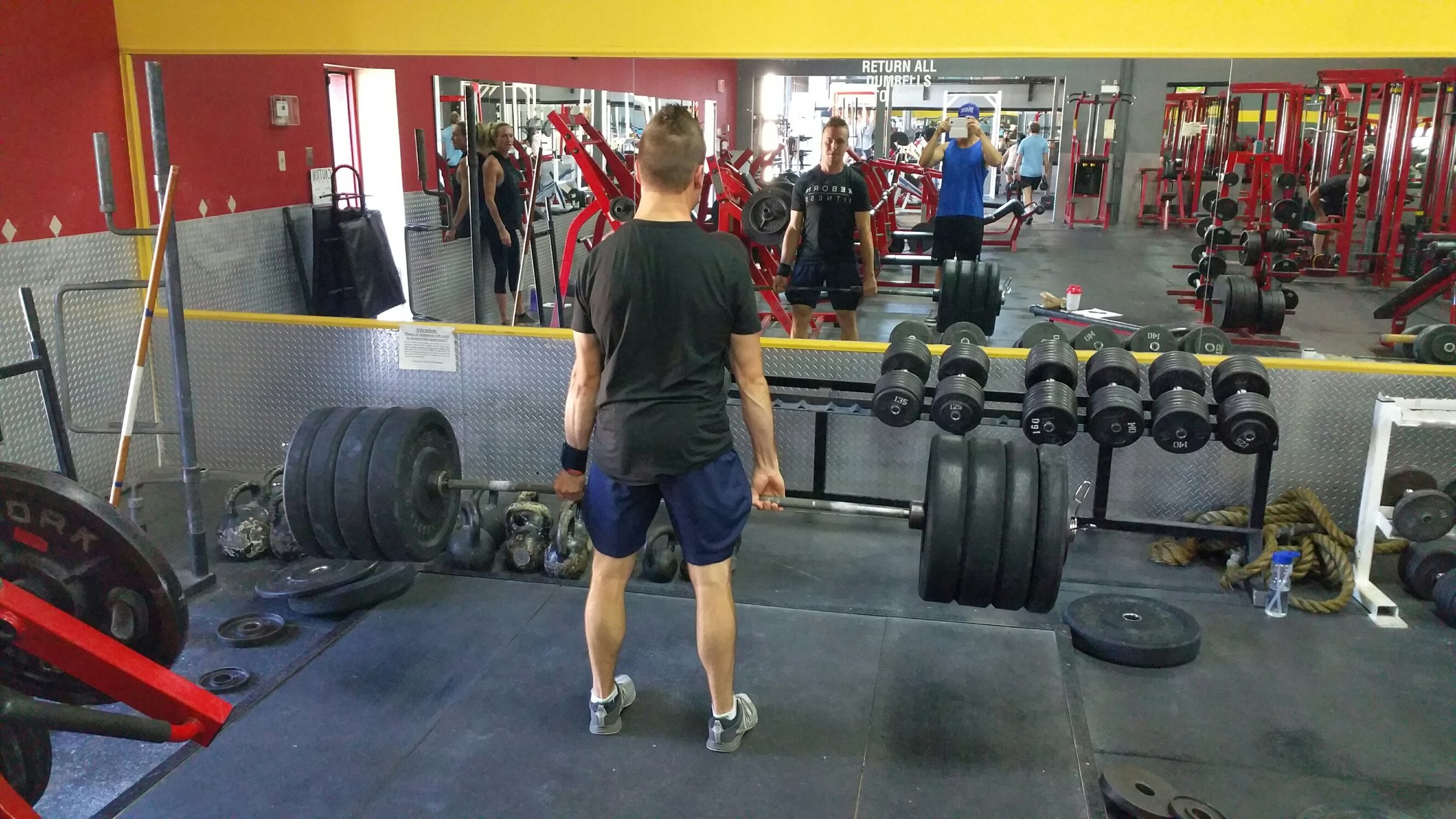 Deadlift 385(Better).jpg