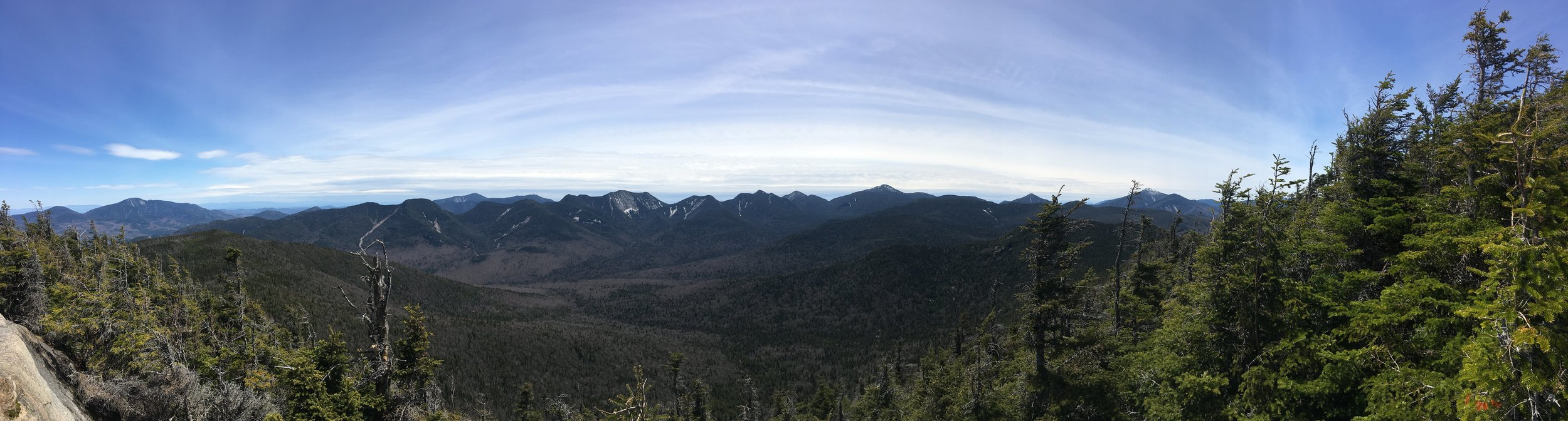 Pano from the Summit. See in the distance Gothics, Haystack, Marcy, Algonquin, several other 46ers.