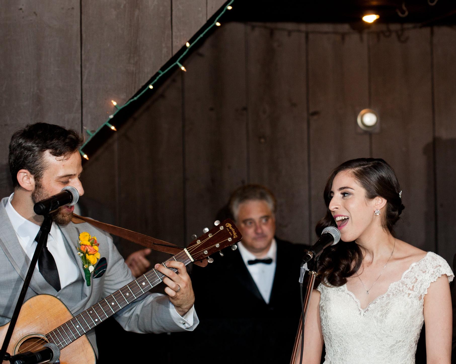 performing with david wedding 2.jpeg