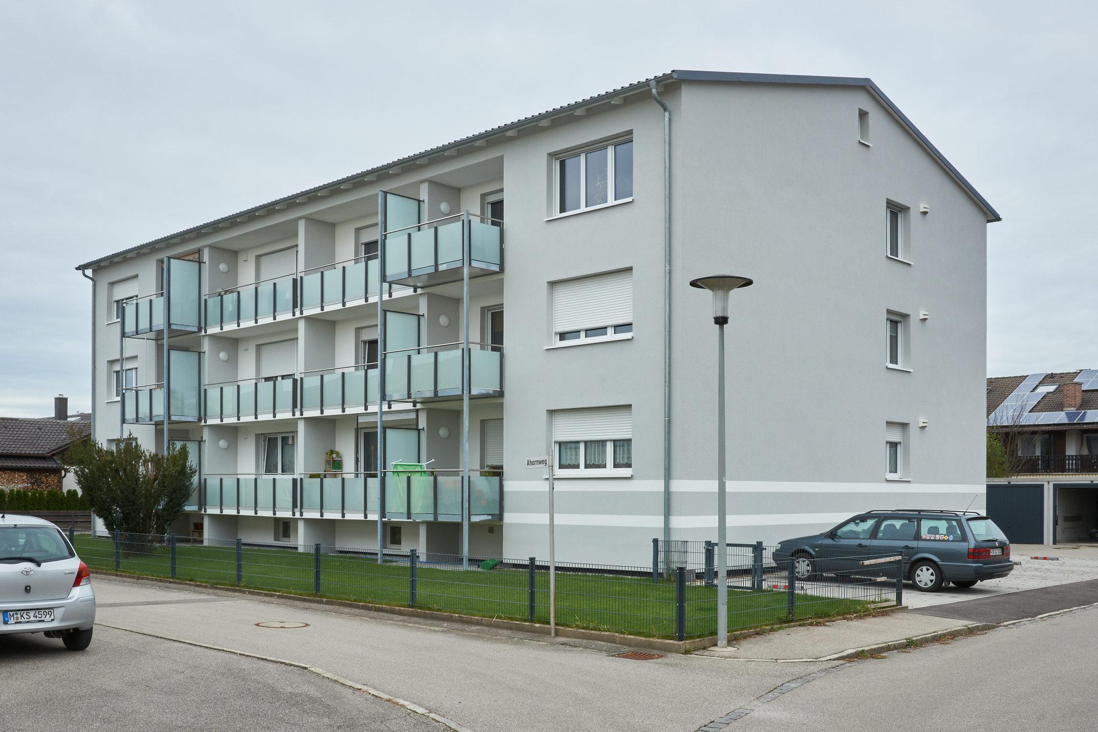 Malerie Aigner Mehrfamilienhaus1.jpg