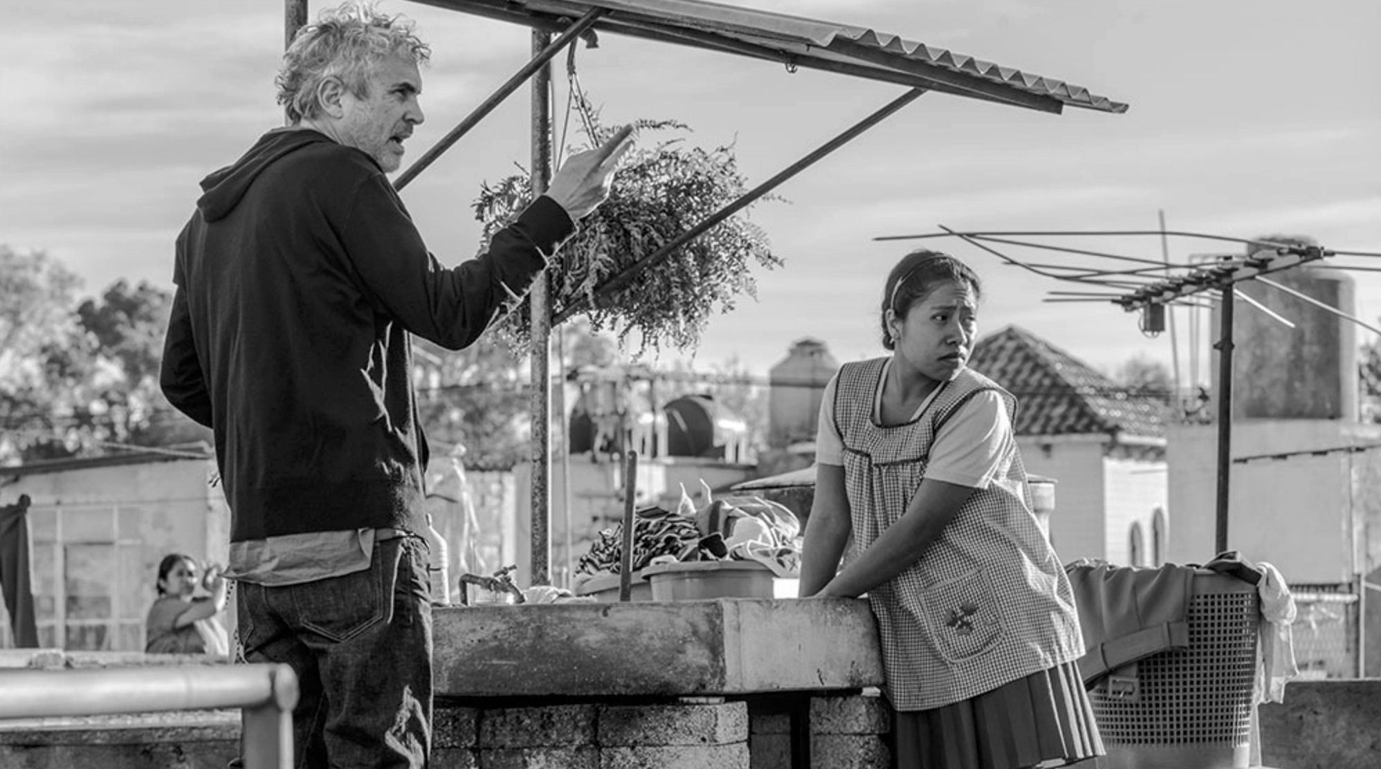 Alfonso Cuarón behind the scenes on  Roma  - Courtesy of Netflix