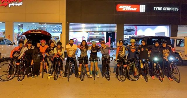 Is your group as cool as the bees? Get to take a photo with @khalidfouad on regular Wednesday ride?💁♀️