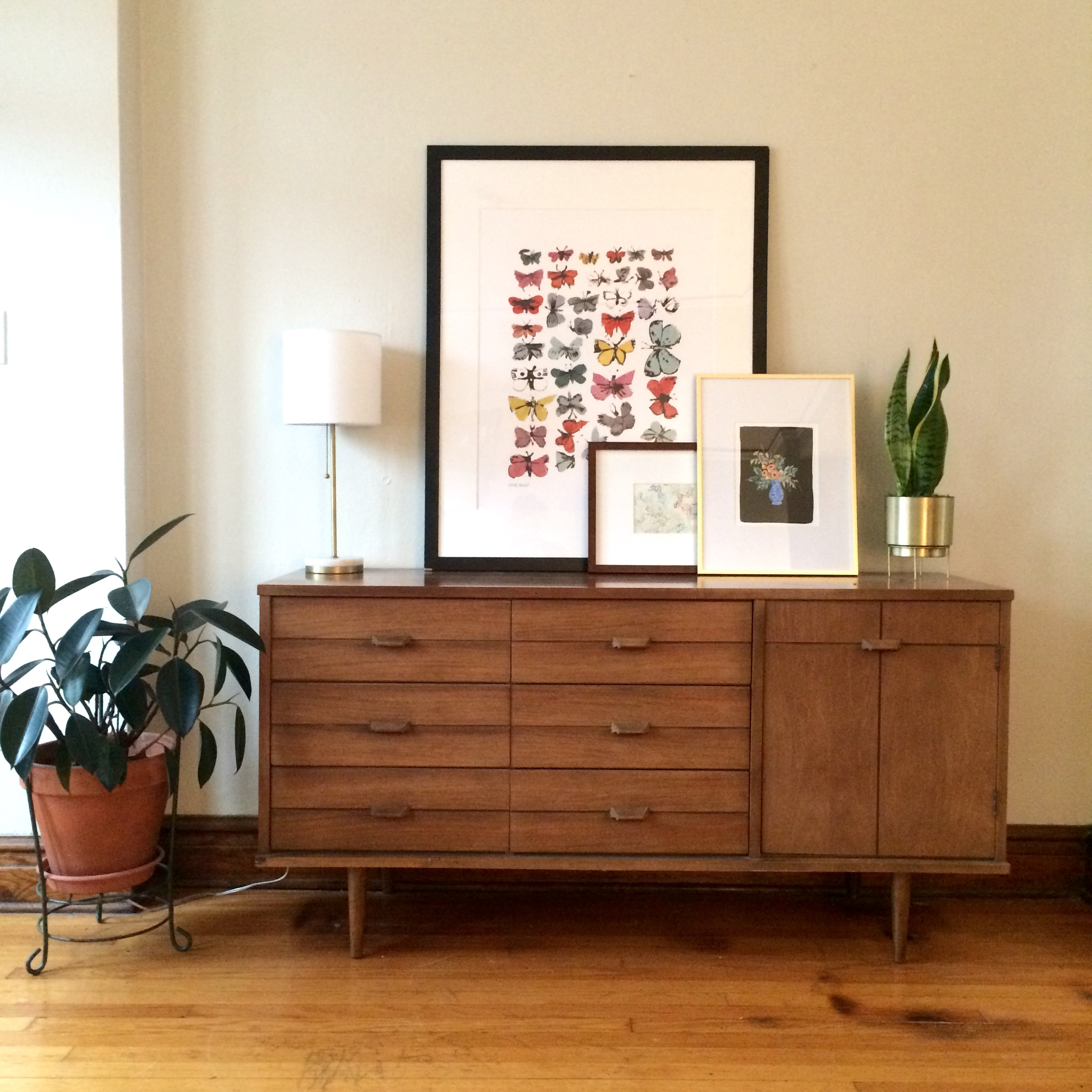 Our sideboard as the center of attention in a previous living room.