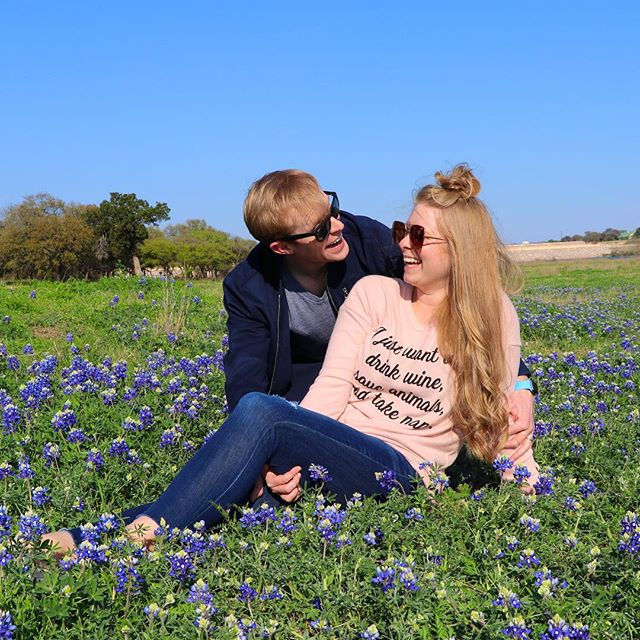 Wildflowers don't care where they grow. - - Be wild and free! Check out Powder for Angelina's music. Link in bio . . . . . #wildflowersdontcarewheretheygrow #bluebonnets #austinmusic #supportlocalmusic #austincouple #husbandandwifeteam #austinmusicians #indieband #atxmusic #austinmusicgroup #atxmusicians #atxmusicscene #agameoftones #coloraddict #colorcolourlovers #colorcrush #colorfullife #colormehappy #crafttherainbow #colorventures #dscolor #happycolors #howihue #huntgramcolor #livecolorfully #popyacolour