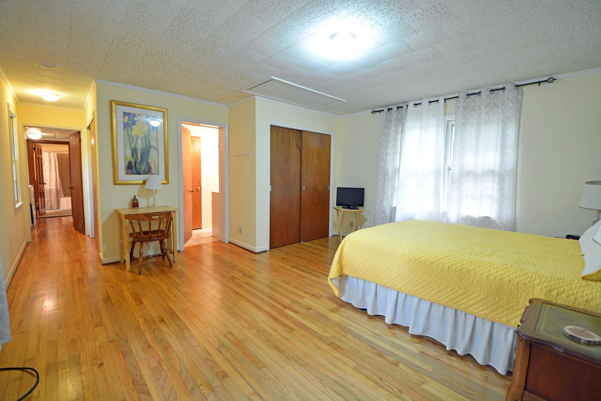5010-Bedroom1A.png