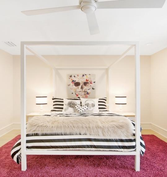 10 girl bed room skull.jpg