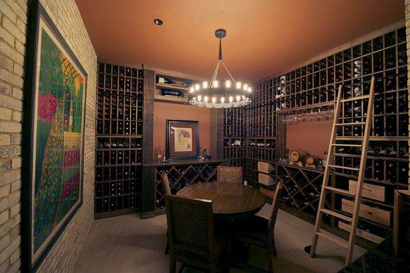 04 hayford wine room.jpg