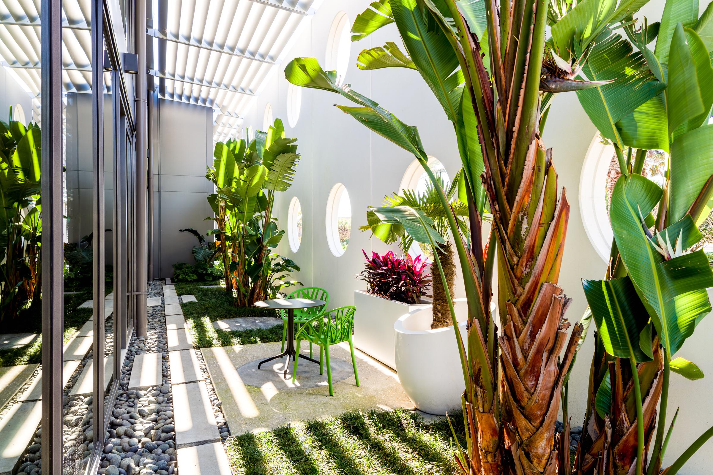 1a exterior garden.jpg