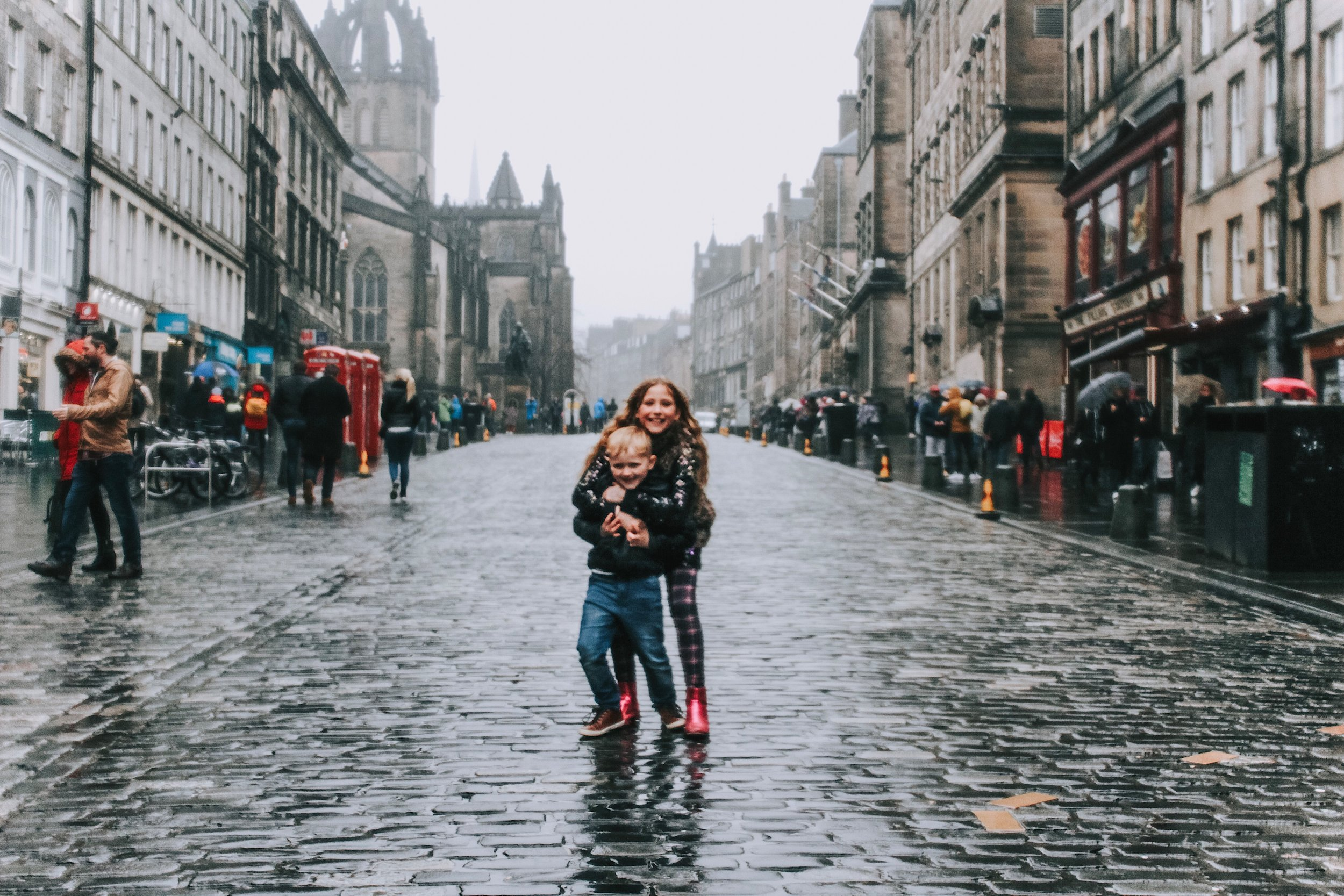 royal mile edinburgh.JPG