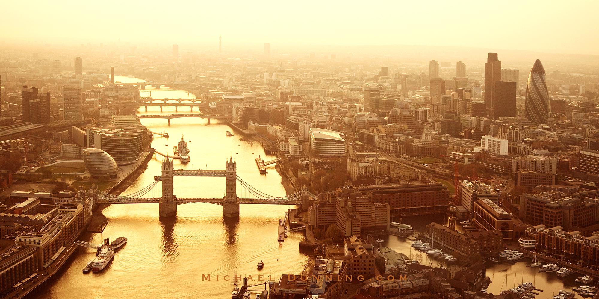 Tower Bridge and Thames.jpg