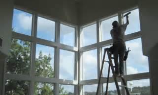 window cleaner inside.jpg