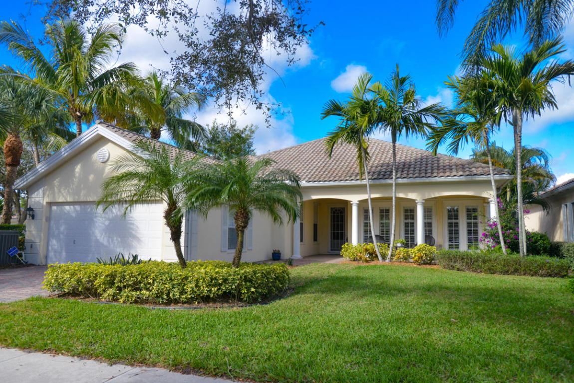 $564,000 - 201 Danube WayPalm Beach Gardens, FL 33410