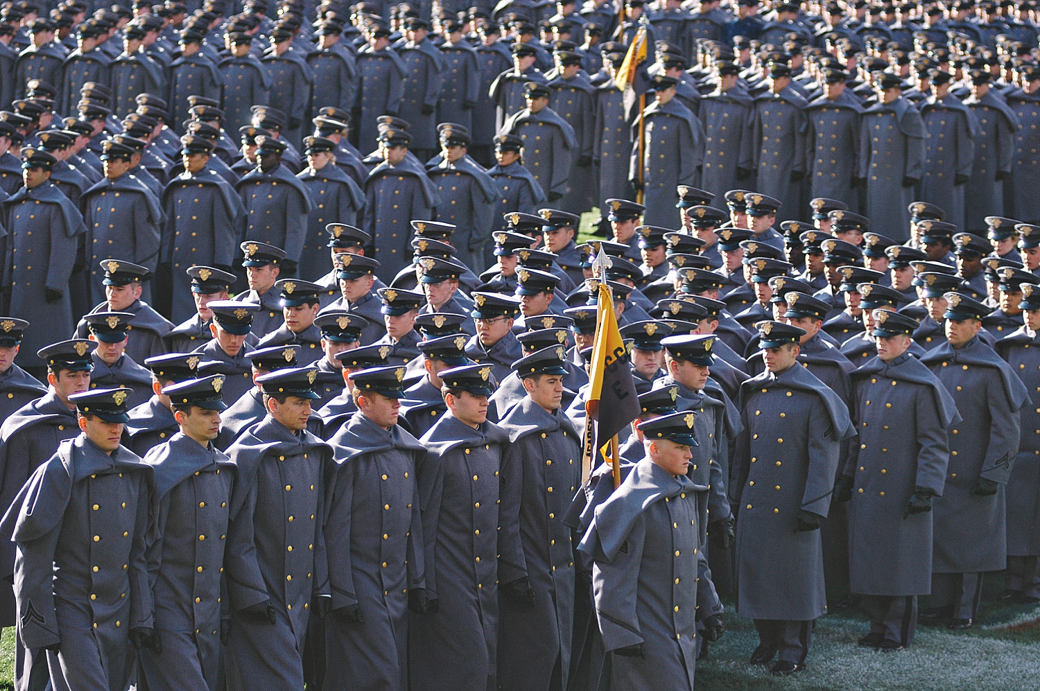 5-army-cadets-in-perfect-formation.jpg
