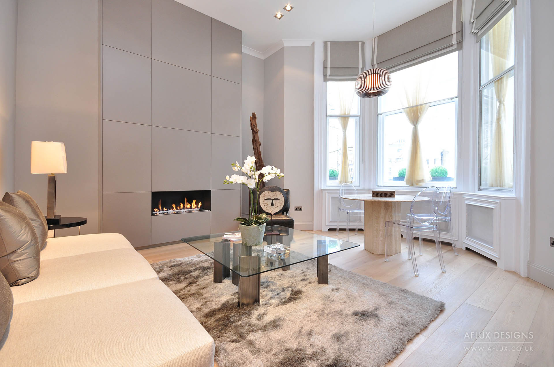 Earls Court - LONDON SW10A beautiful, high ceiling raised ground floor for an elderly couple looking to move back into London as a pied a terre. Key design features were the bespoke gas fire place /chimney stack and the floor to ceiling bedroom wardrobes that we designed to maximise storage.