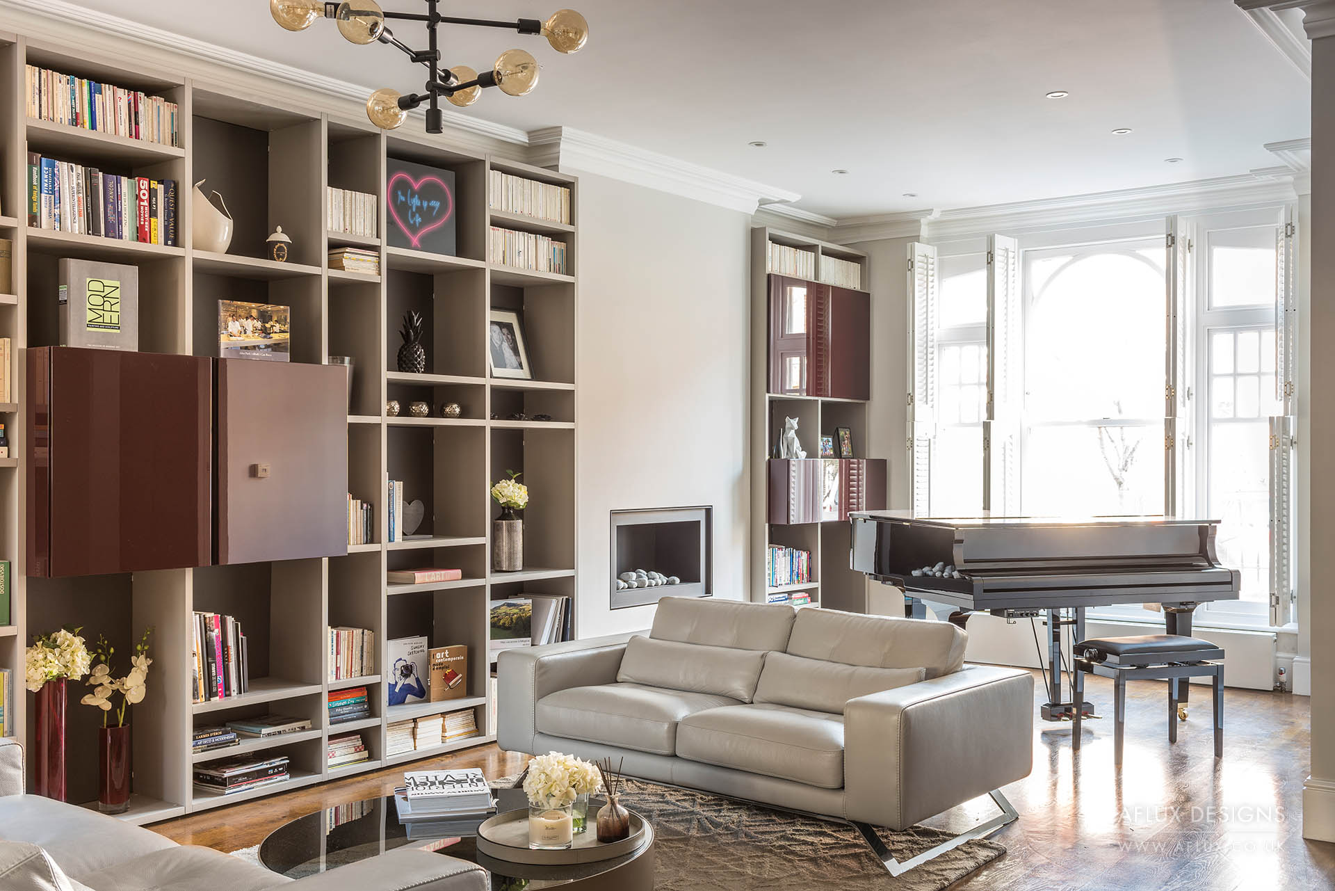 Fulham - LONDON SW6A large family house tastefully designed to the taste of our clients including a large inside/out extension with floor to ceiling sliding doors and a new designed Italian kitchen (and a colourful play area for the kids).