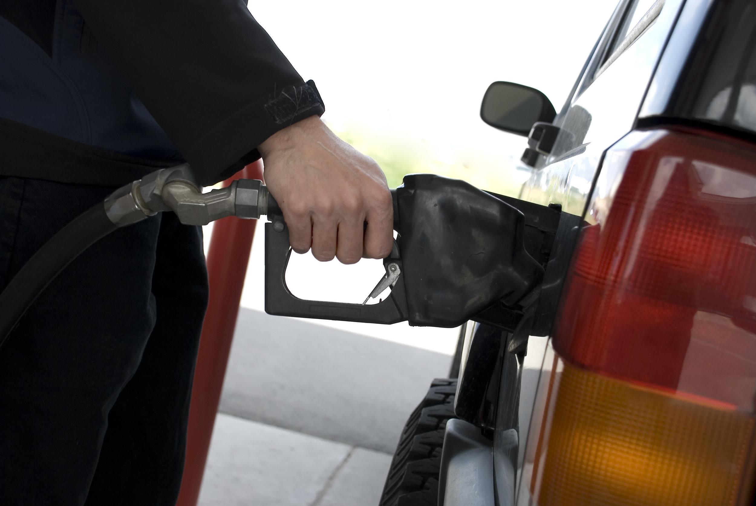 fuel pump .jpg
