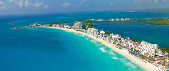 Reason-to-visit-cancun1.jpg