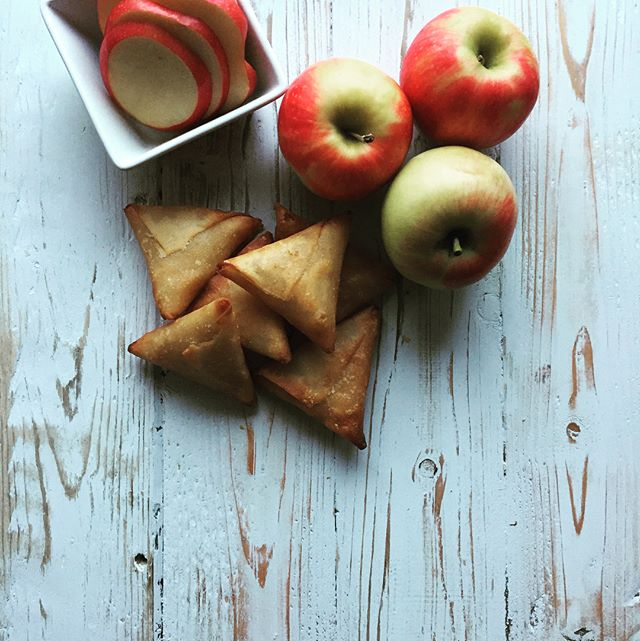 The perfection of imperfection - handmade Apple Mosas🍎. Crisp, red apples, light cinnamon, light sugar, hand wrapped with crisp pastry. Get them in Victoria Red Barn #vegan #vancouverislandfoodie #vegetarian #handmade #pastryking #samosaswag #newyorkfoodie @starbucks @gordonfoodservicebc @skipthedishes @blueapron @plated @thriftyfoods @redbarnmarkets @mountwashington @whitespot_restaurants @tripleosrestaurant