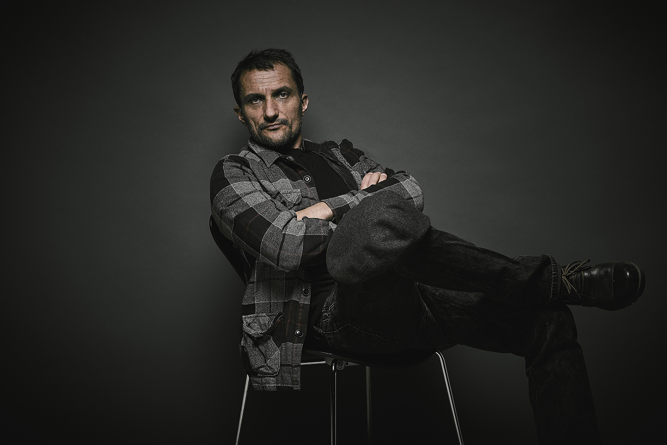ZoranRadonovich_Chair_FullPg.jpg