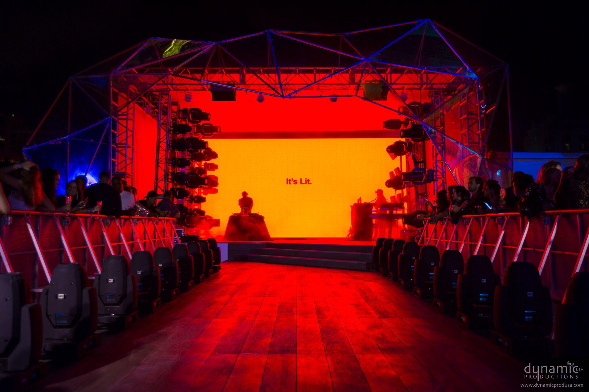 2017 - AMEX Platinum House_182_preview.jpeg