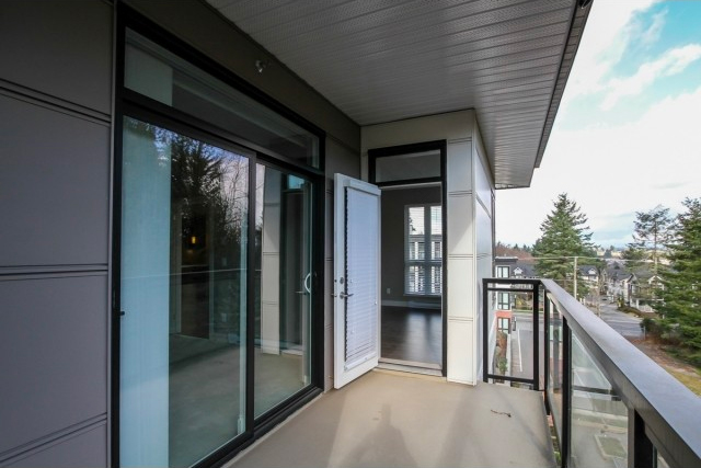 latitude-balcony1.jpg