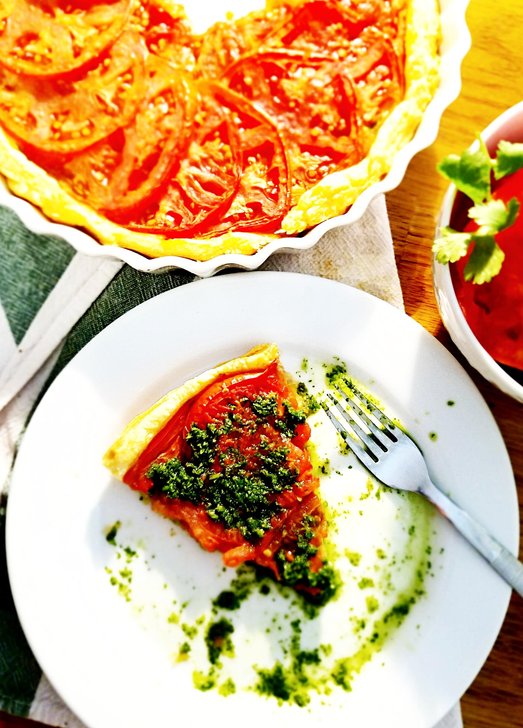 Vegan Cilantro-Mint Chutney Tomato Tart
