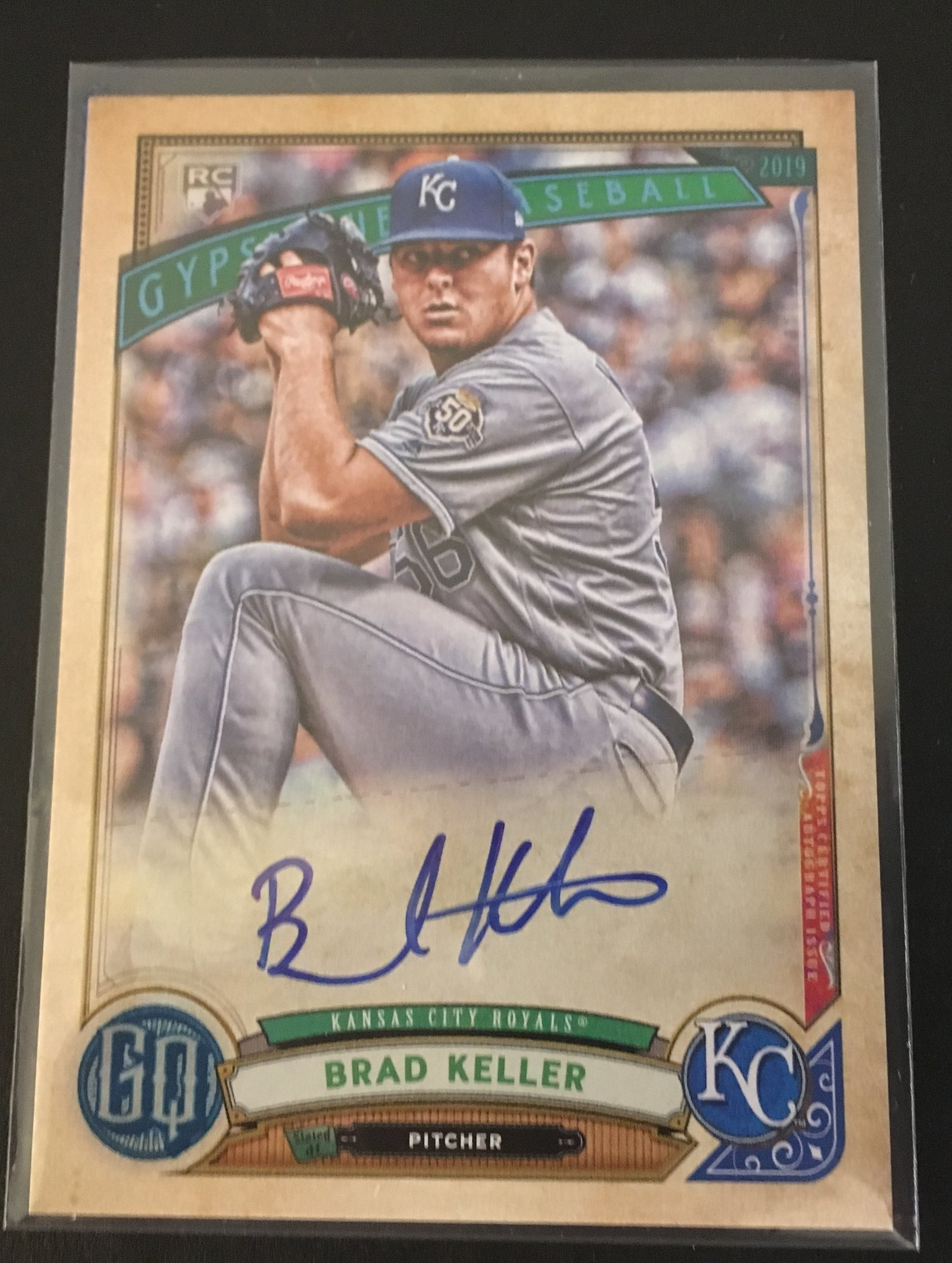 I hit a very nice auto in my lone retail value pack!