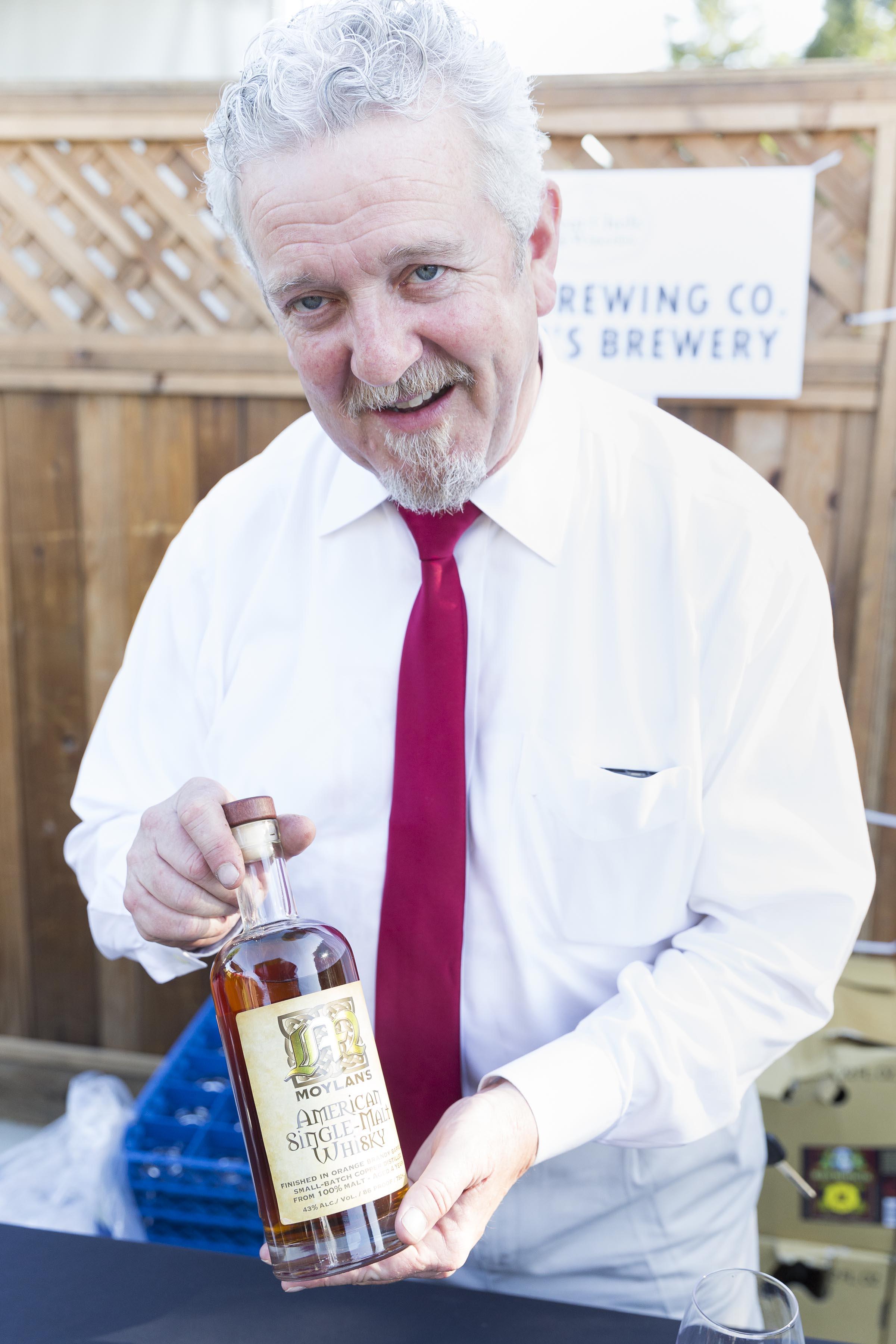 American single-malt whiskey experatley distilled by Brendan Molyan.