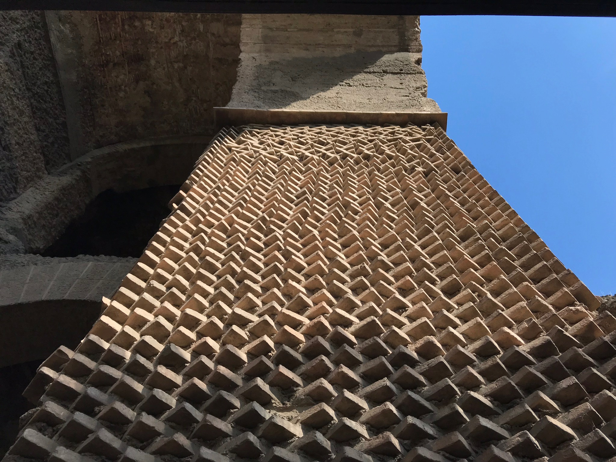 Brick pattern on a structure in the Roman Forum