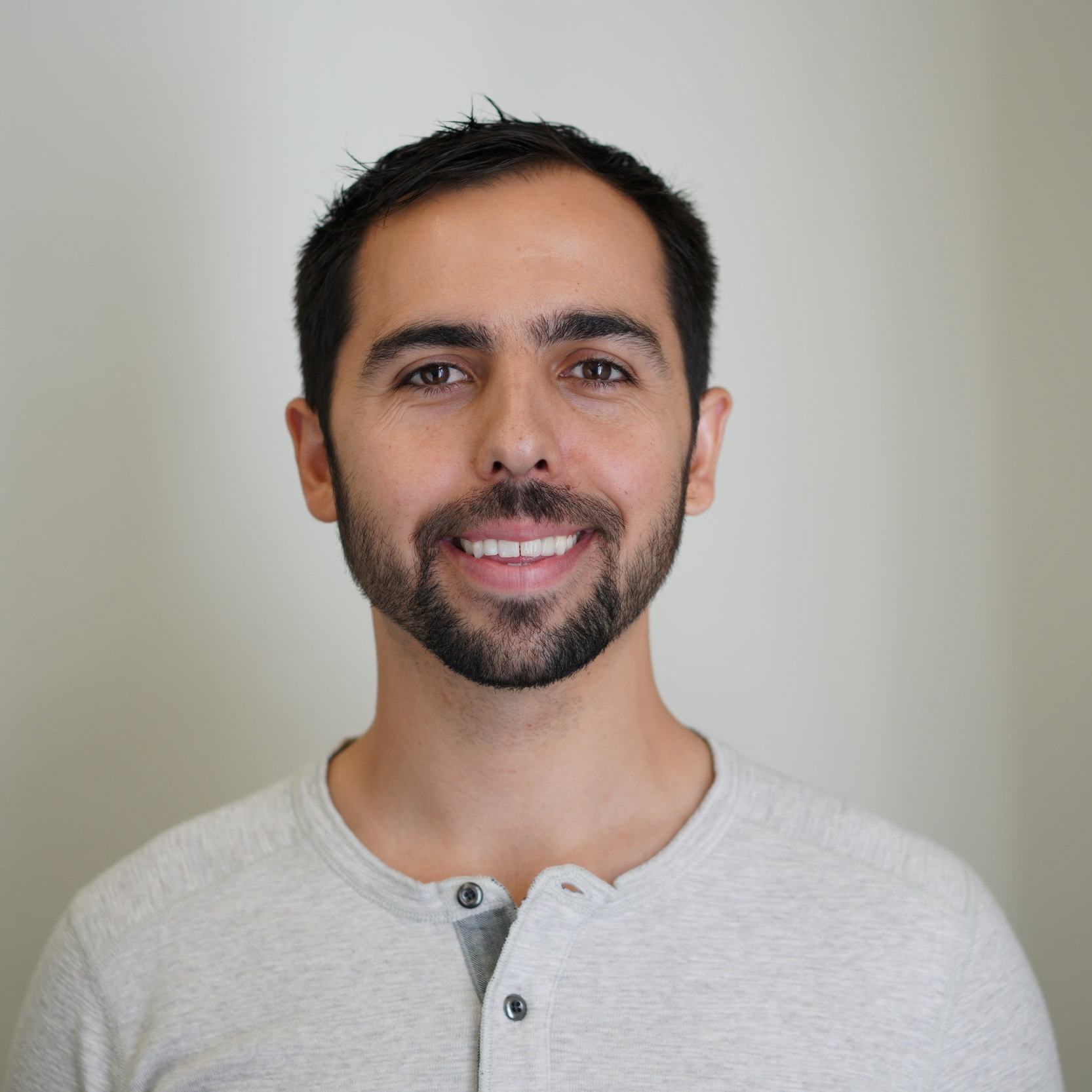 Soso Sazesh is the CEO and Founder of Growth Pilots, a leading digital marketing agency that partners with best-in-class technology companies to scale their paid advertising channels. He is also the Founding Partner of Tempo Ventures, an investment firm that helps portfolio companies with growth and marketing challenges.
