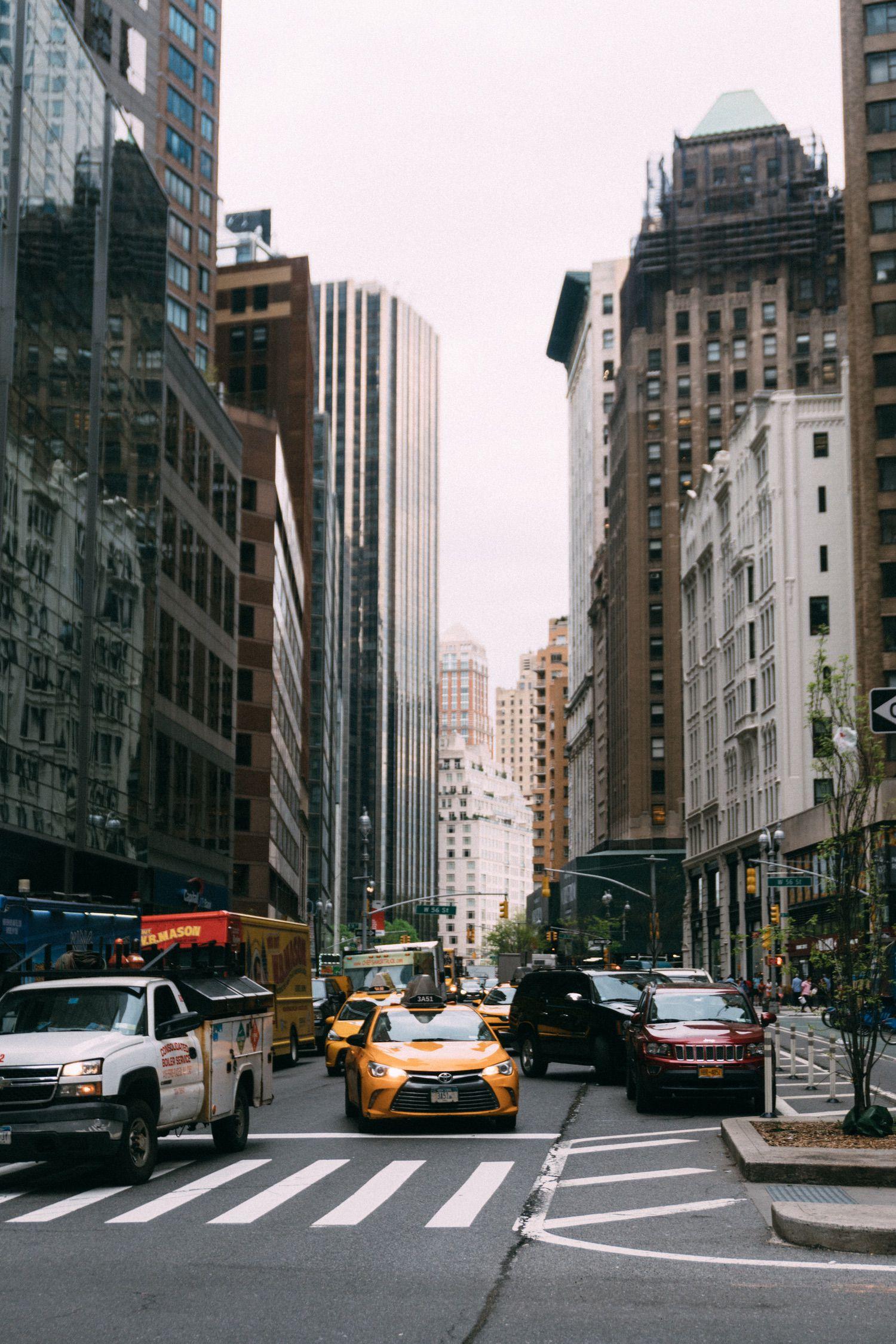 Manhattan bustle - New York City.