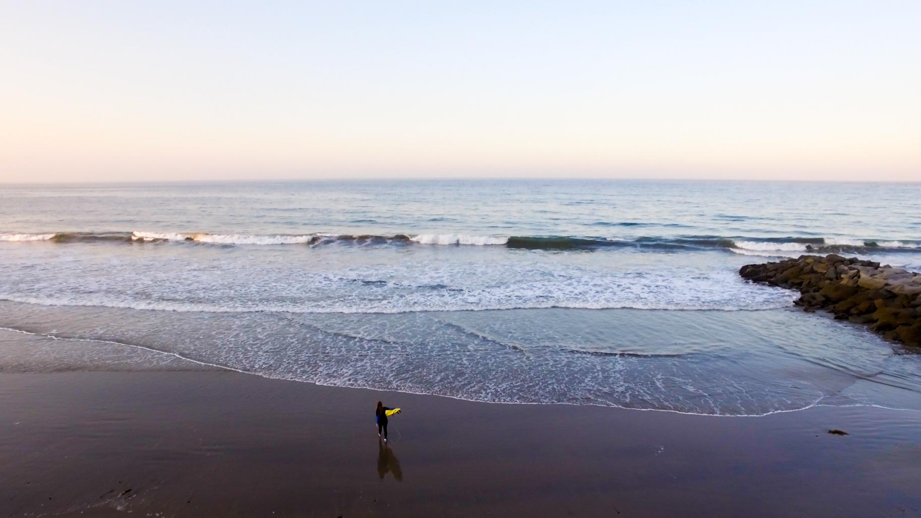 Surfing_aerial1.jpg