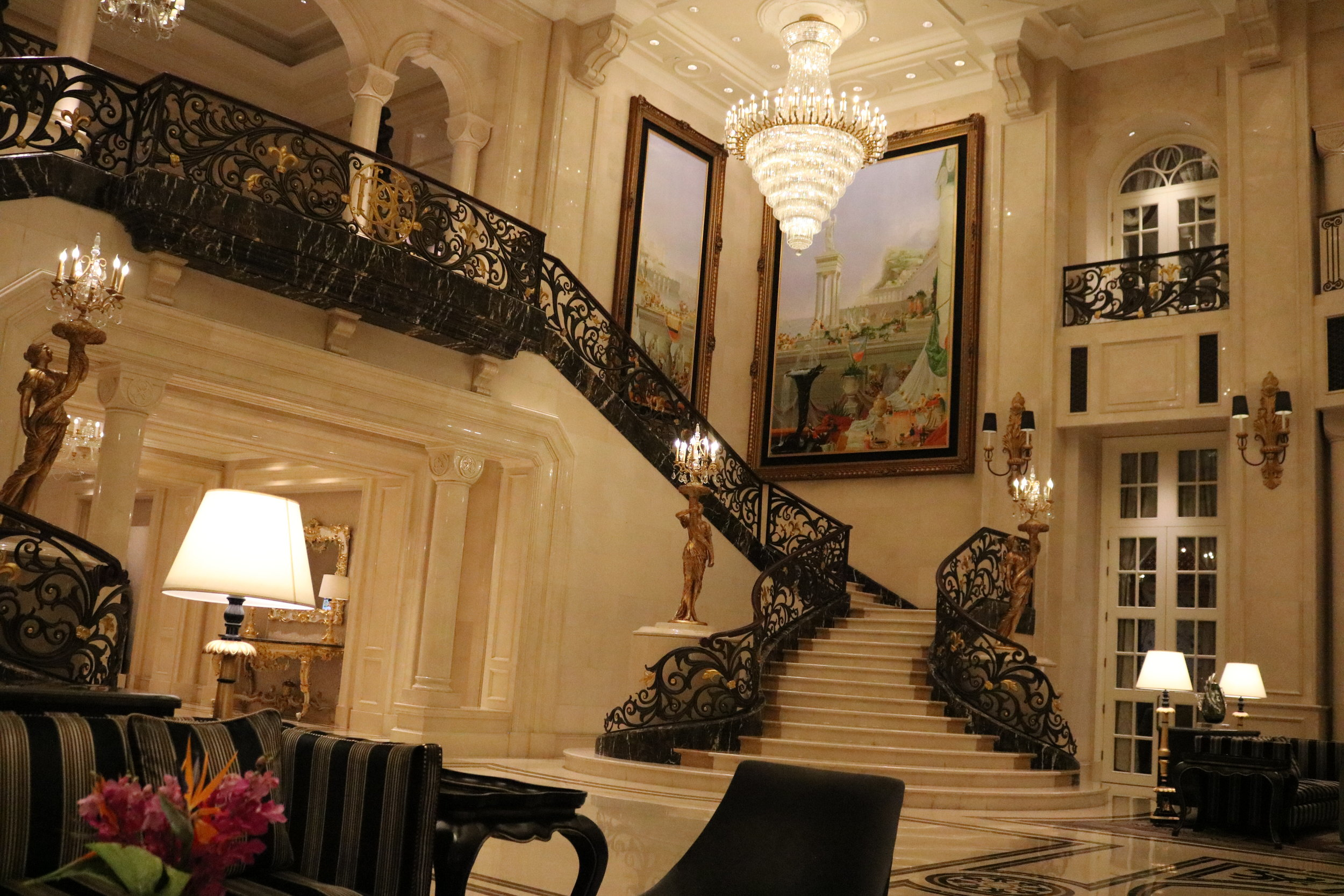 The Castle Hotel, lounge near the front Lobby.