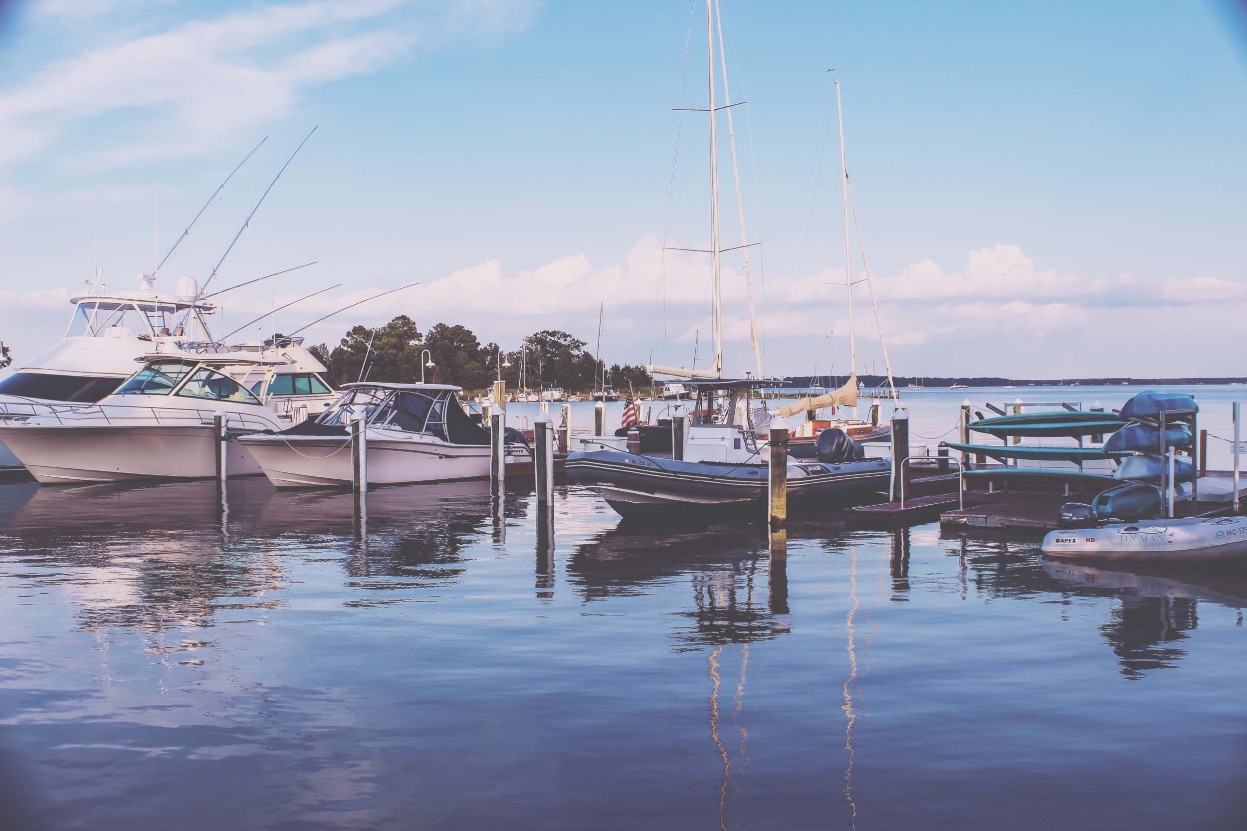 R and R Travel Guide: The Chesapeake Bay - At Tilghman Island and St. Michael's Island