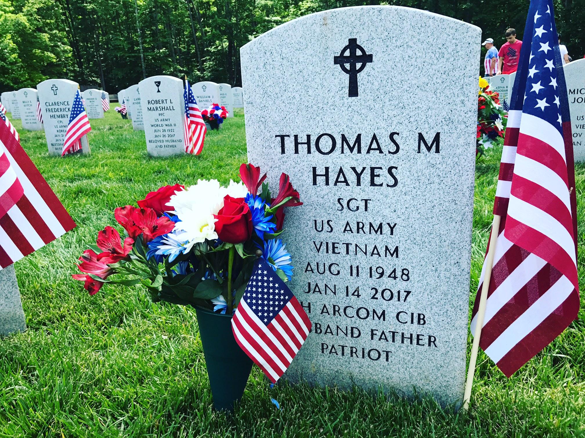 Tom Hayes Grave .JPG