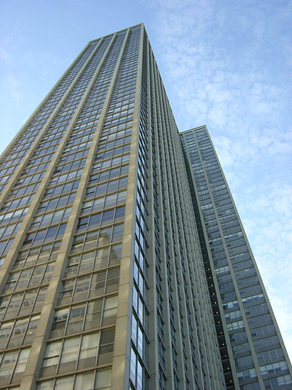 exposed structural concrete skyscraper highrise, ordinance-required exterior facade inspection, repair documents, exterior repair restoration, construction observation administrative services