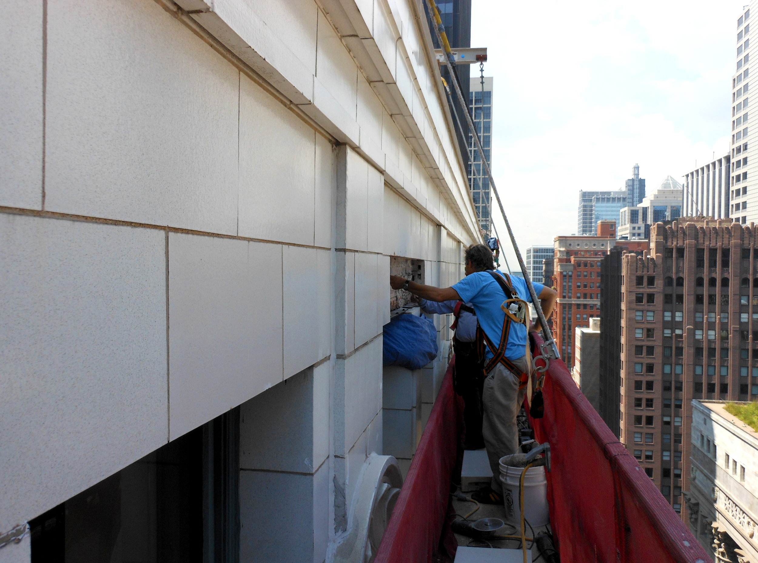 exterior facade inspection, City of Chicago facade ordinance, highrise, skyscraper, swing stage, brick concrerte stone terra cotta exterior inspection