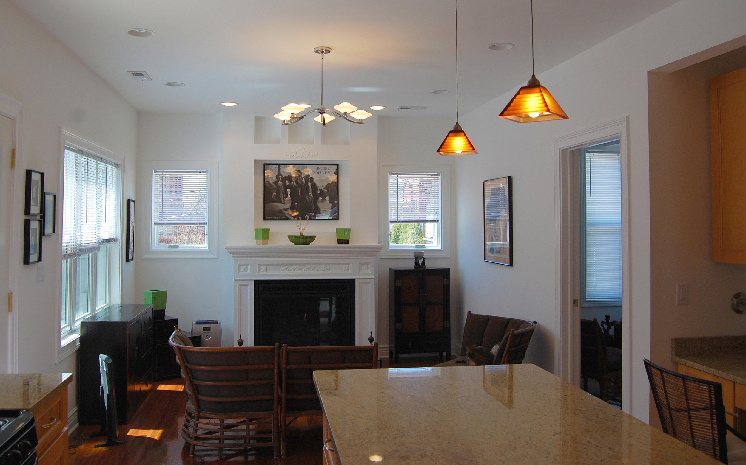 custom gut renovation single-family late-ninteenth-century coach house residential home, interior, living dining room kitchen island