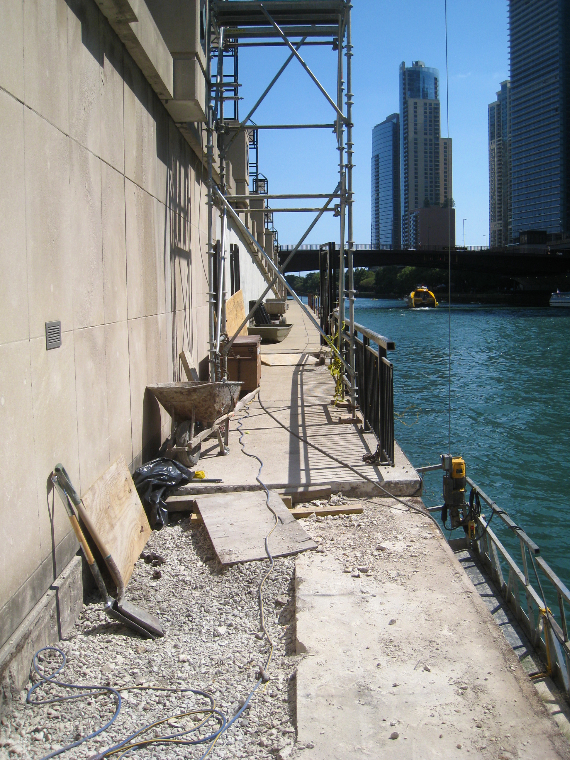 Under construction: building new stairs between the esplanade level and the boat dock